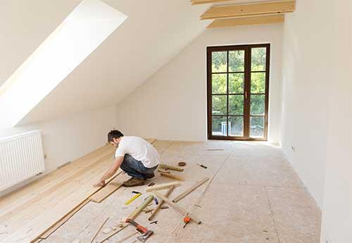 Cuida el suelo y la escayola en el techo